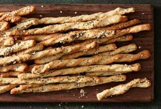 Peppery Cheese Breadsticks