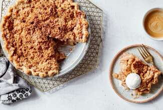 King Arthur's Dutch Apple Pie