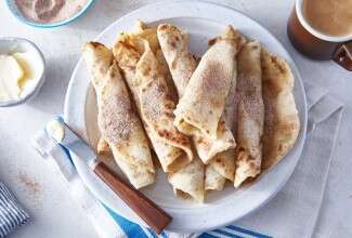 Rolled lefse on plate