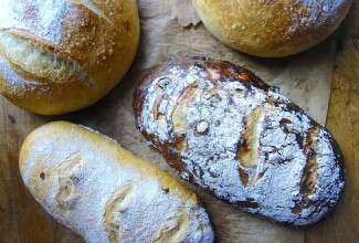 No-Knead Bread Variations via @kingarthurflour