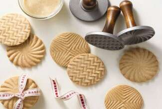 Stamp Cookies via @kingarthurflour