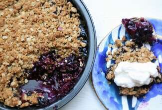Summer Fruit Crisp-1