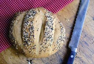 Whole wheat no-knead bread via @kingarthurflour