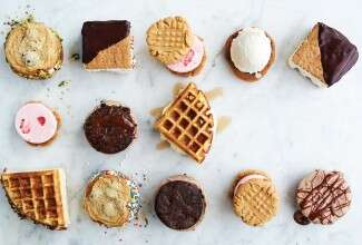 ice cream sandwiches via @kingarthurflour