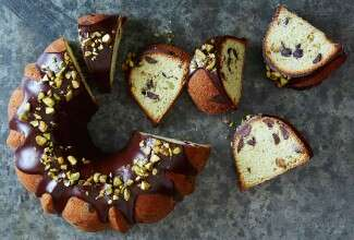 Pistachio Chocolate Chip Pound Cake