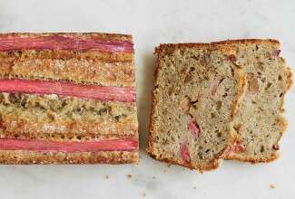 Rhubarb-Walnut Quick Bread