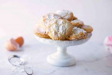 Almond Cloud Cookies